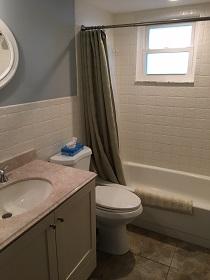 Florida Vacation Rentals by Owner - Treasure Island Florida - Sanctuary Condo - Bathroom (2)