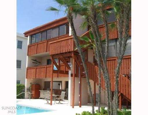 Treasure Island Florida - Sanctuary Condo - Water side showing balconies