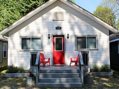 Crystal Beach Vacation Property Rental - Beebalm Cottage