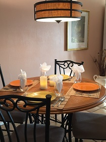 Florida Vacation Rentals by Owner - Treasure Island Florida - Sanctuary Condo - Dining Area (4)