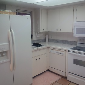 Florida Vacation Rentals by Owner - Treasure Island Florida - Sanctuary Condo - Kitchen5