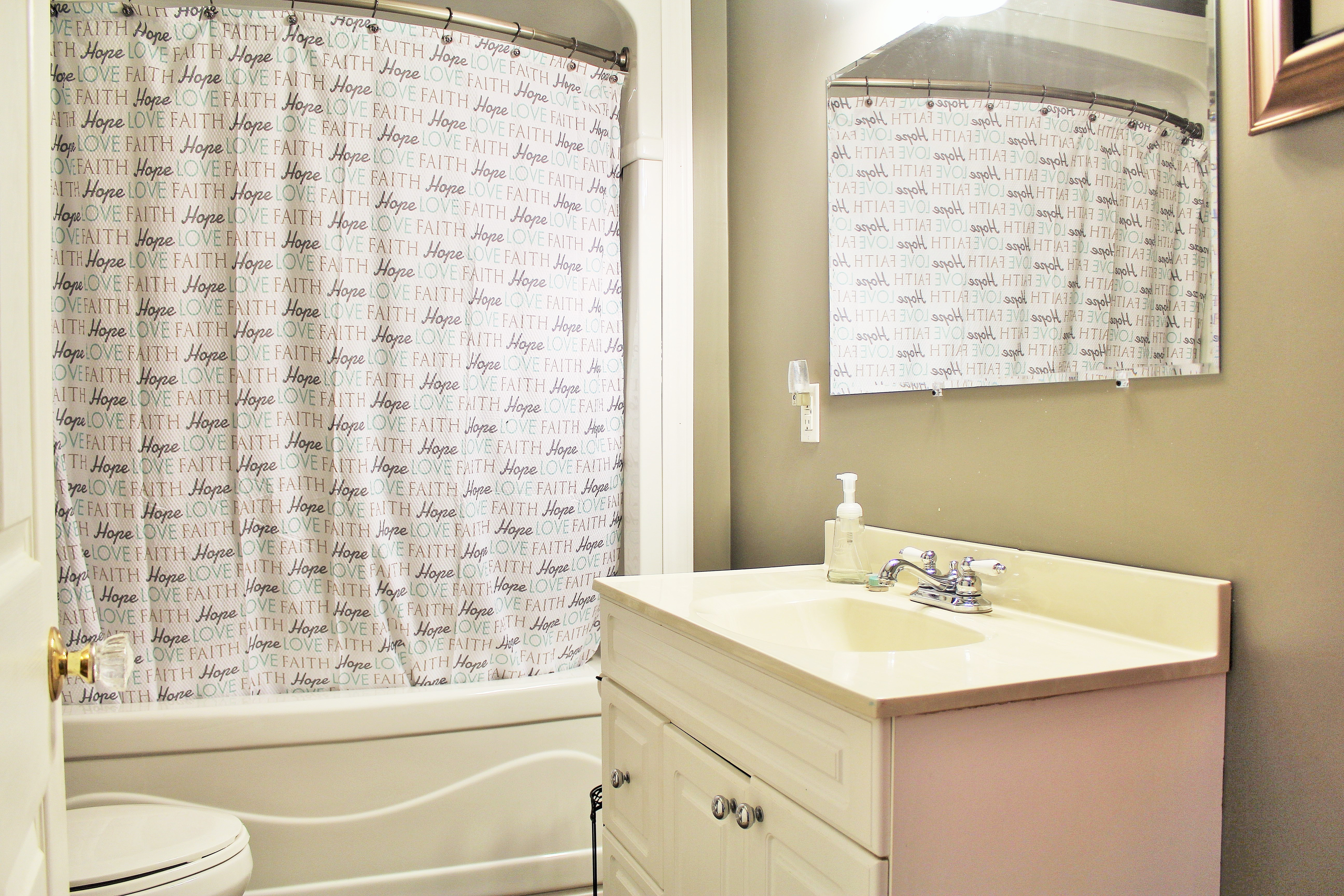 Zen By The Beach Bathroom - Crystal Beach Cottage Rentals